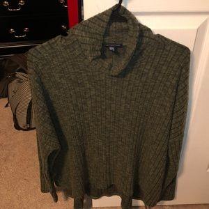 American Eagle super soft green sweater